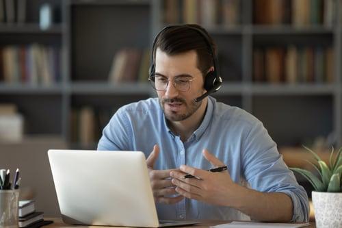 Man training on SIS software